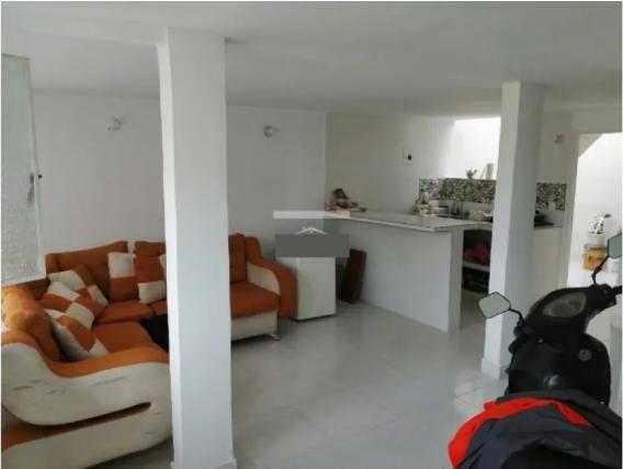 Casa de 3 alcobas en La Palmirana