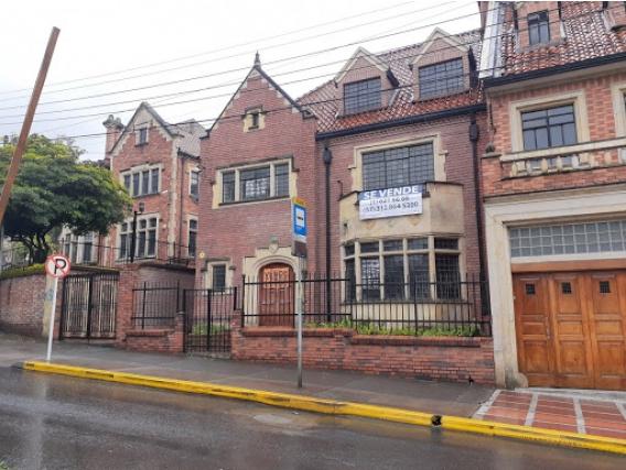 Casa de uso institucional o comercial en Bogota