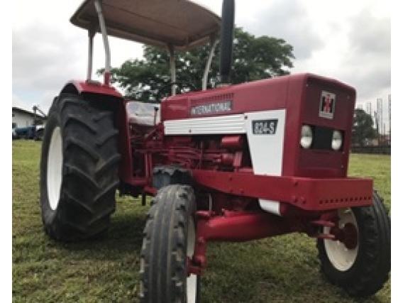 Case International Harvester 824S