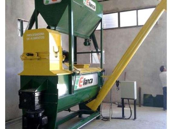 Máquina Eléctrica Elianca Moledora Y Mezcladora