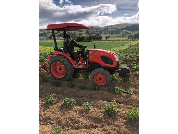 Tractor Kioti Ck 4010 38 Hp
