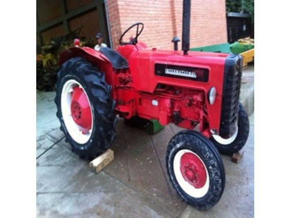 Tractor International Mccormick B275