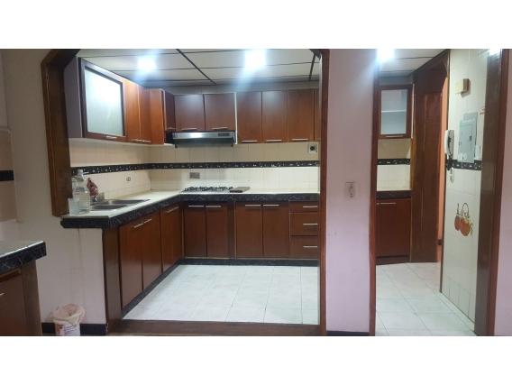 Vendo Amplio Apartamento- Excelente Sector De Chapinero