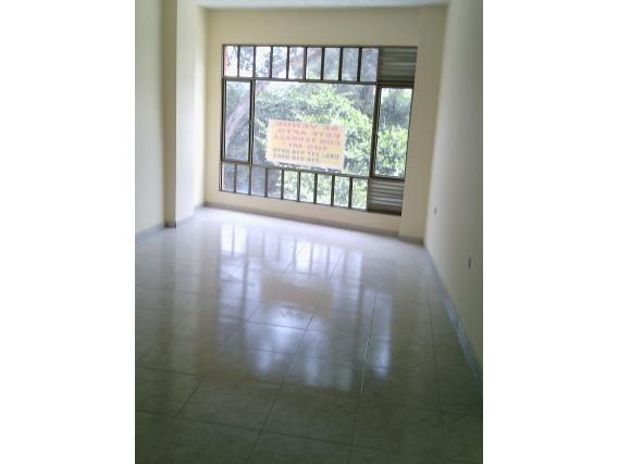 Vendo Casa Rentable Con Bodega Doble Altura Roma Bogota